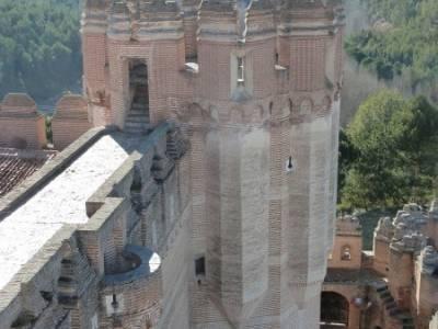 Castillos de Cuellar y Coca - Arte Mudéjar;cerezos en flor bosque de irati puerto de la cruz verde